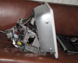 eMac - общ вид - разглобен